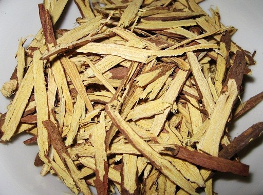 Cam thảo có hoạt tính kháng sinh mạnh